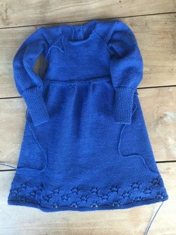 Kinderkleid stricken- kostenlose Strickanleitung