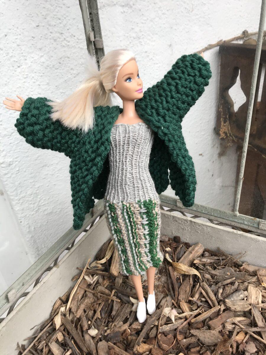 Barbie stricken - Kleid mit Kurzmantel