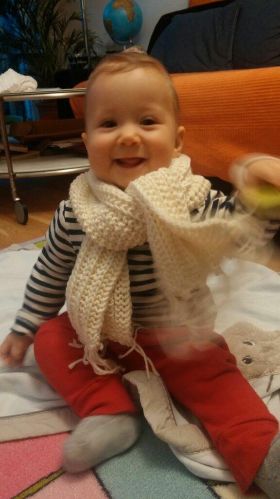 Kinderschal stricken mit Fransen