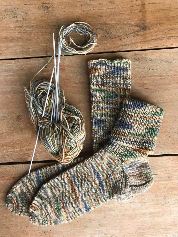 Schaft als Stulpe beim gestrickten Socken