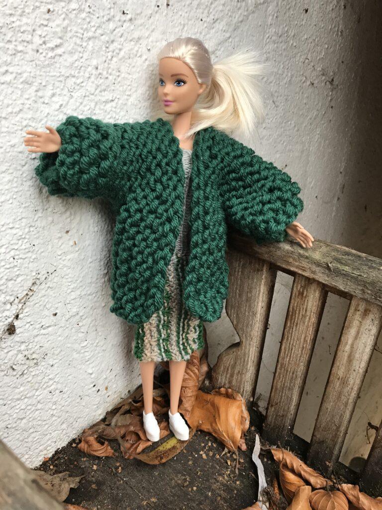 Strickmantel kurz für Barbie