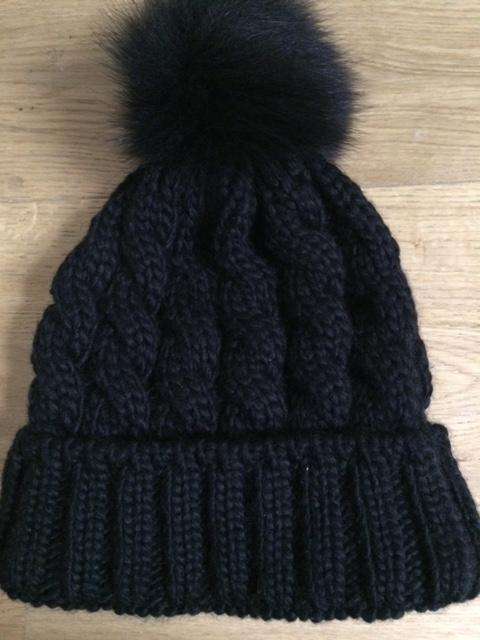 Mütze Zopfmuster - kostenlose Strickanleitung